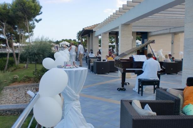White Party im Puravida Resort