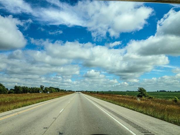 Foto aus dem TUI Camper auf die Landschaft von Iowa