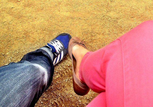 Bild unserer Füße in Barcelona