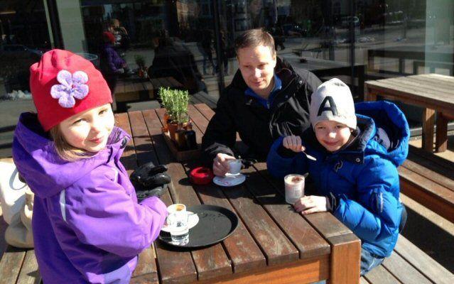 TUI Deutschland Chef Christian Clemens mit seinen Kids