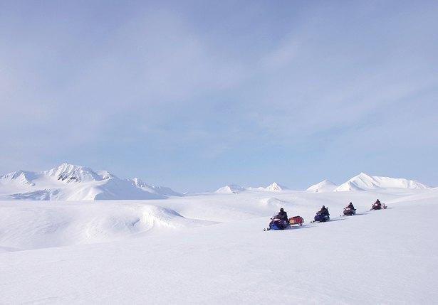 Schneemobiltour in Spitzbergen