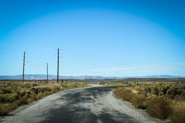 Auf dem Weg nach Metropolis durch die amerikanische Pampa