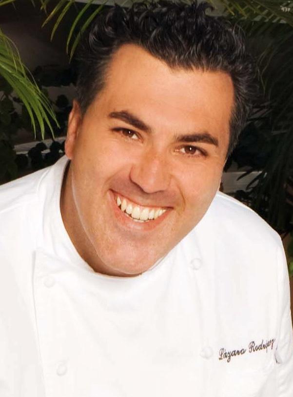 Portrait des Chefkochs Lázaro Rodriguez Barroso