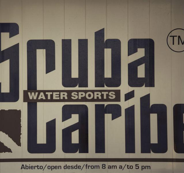 Schild mit Watersports
