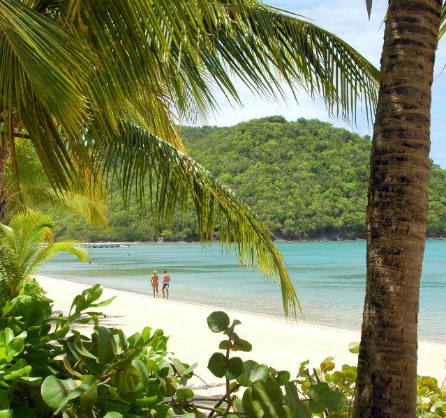 Werbespotreife Optik: mein Lieblingsstrand Carlisle Bay auf Antigua