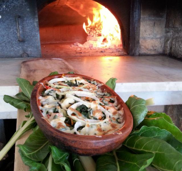 Mittelmeer-Küche mal anders: Mangold überbacken, ein TUI Urlaubsrezept aus der Türkei – Fotos (2): TUI