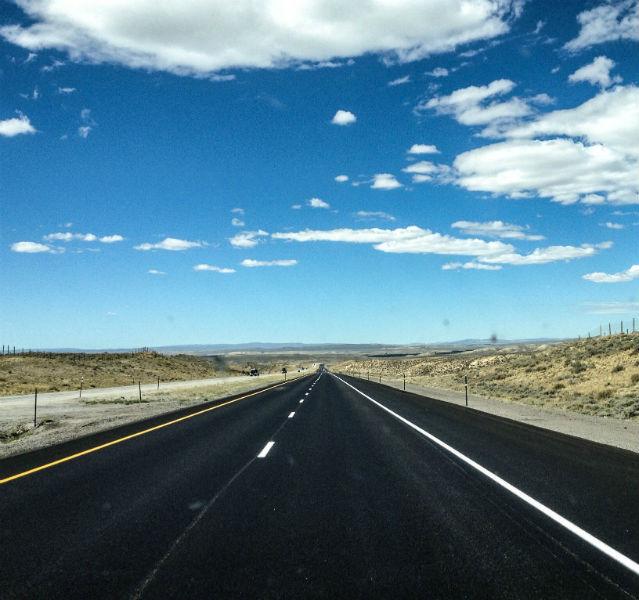 Ein seltener Anblick: eine frisch geteerte Interstate!