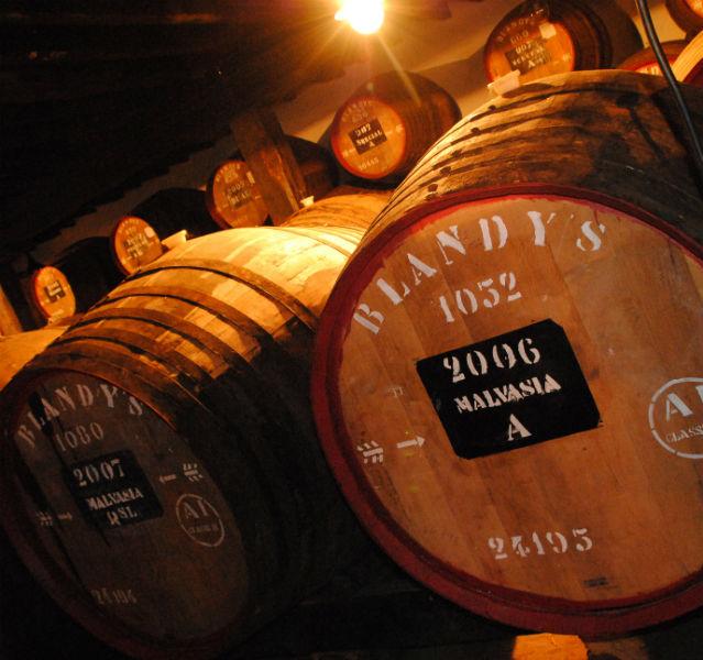 Madeirawein und Portwein gehört zu den Spezialitäten der Insel