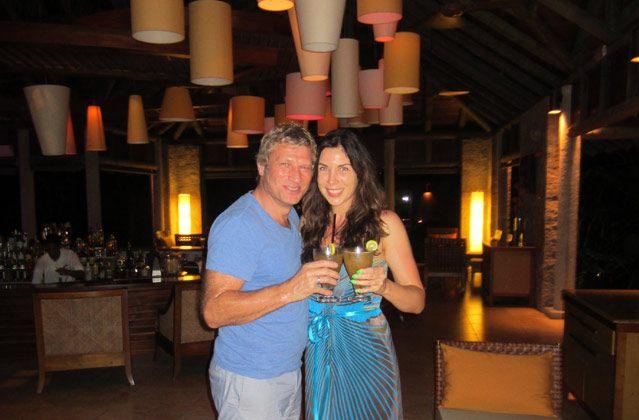 Weiter geht es in die Hotel Lobby… Mit Cocktail beginnen wir unseren ersten Honeymoon-Abend.