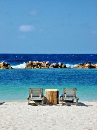 In Willemstad (Curacao) am Meer
