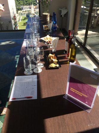 Weinverkostung im Sensimar Grand Mediterraneo Resort Korfu