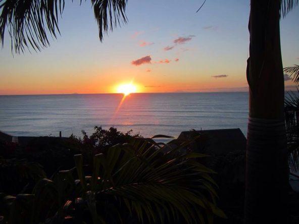 Sonnenuntergang auf Antigua (Kleine Antillen) in der Karibik