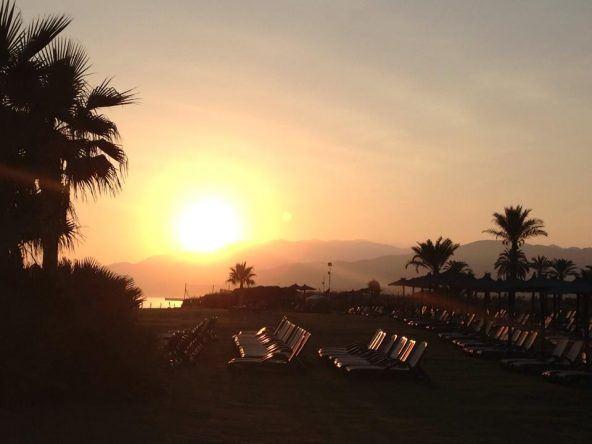 Sonnenuntergang im Robinson Club Playa Granada an der Costa del Sol in Spanien