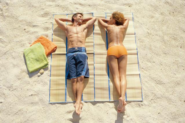 Sonnenbaden macht Spaß. Doch der richtige Schutz ist unabdingbar
