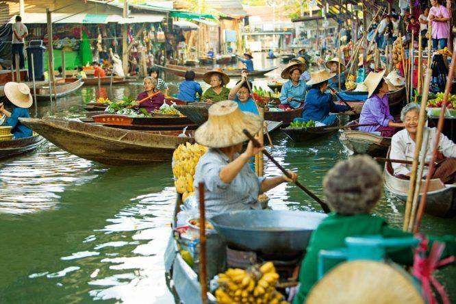 Schwimmende Märkte bei Bangkok