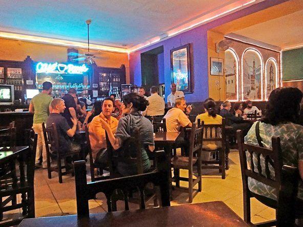 Bar in Havanna