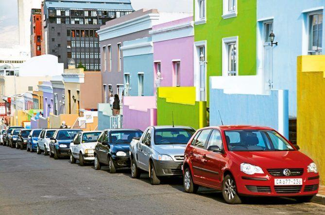 Bunte Häuserzeile in Kapstadt