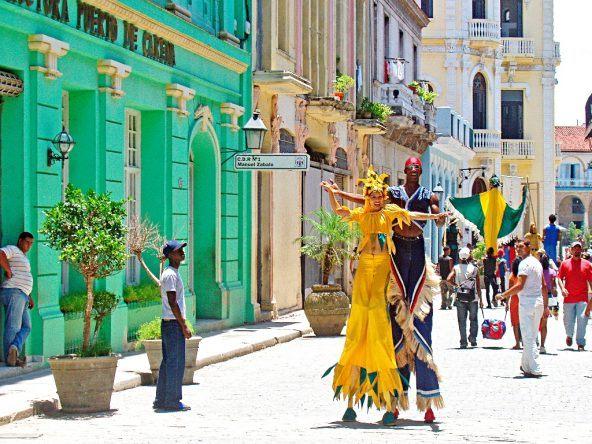 Straßenshow in Havanna