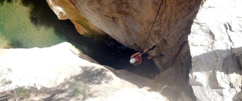 Der Ausflug in die tiefen Schluchten zum Canyoning