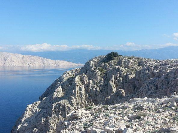 Steinküste auf der Insel Krk