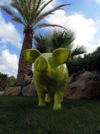 Schwein Grecotel Amirandes