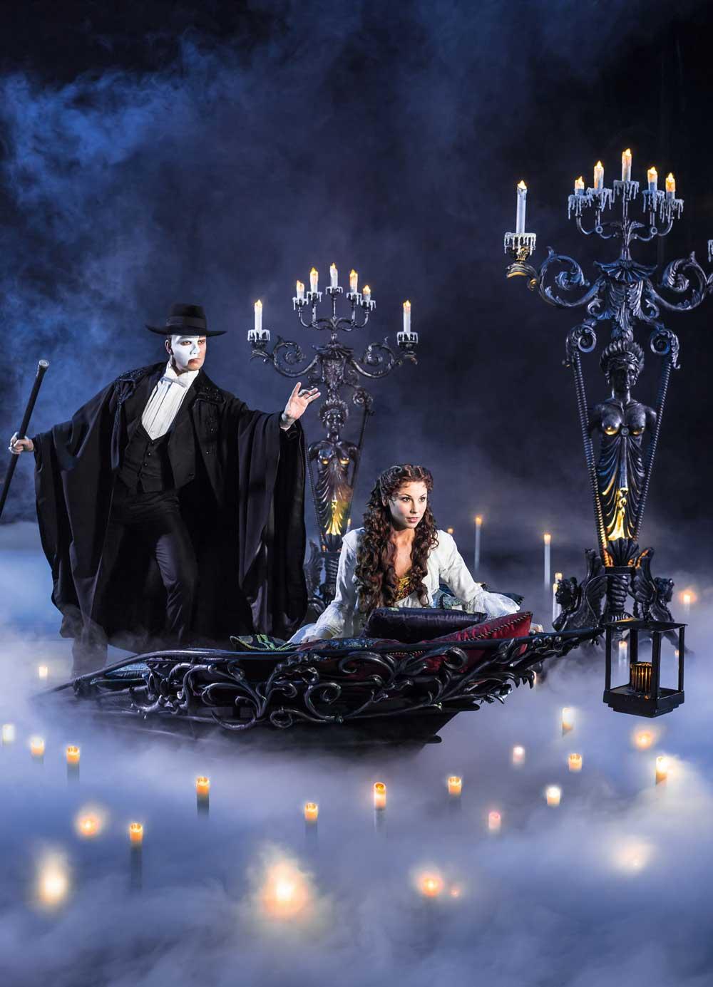 """Szenenausschnitt aus dem Musical """"Das Phantom der Oper"""""""