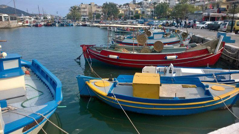 Elounda Hafen Boote