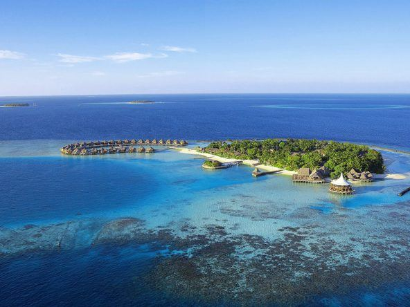 Eine einsame verlassene Insel, die einzigartig ist