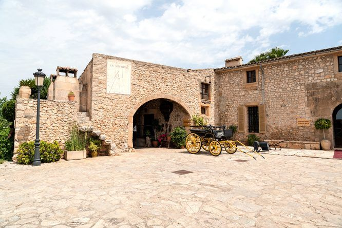 Eingangsbereich Viverde Sa Bassa Rotja