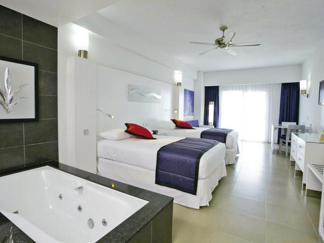 Riu Palace Peninsula in Cancun