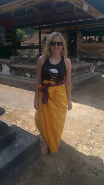 Frau Sarong Bali