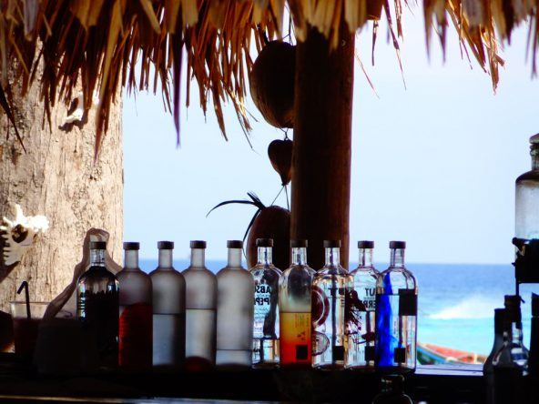 Bar mit Meerblick in Koh Lipe