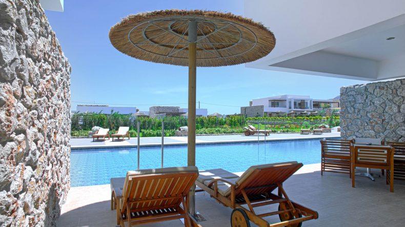 Nehmt euch hier am besten ein Zimmer mit eigenem Poolzugang oder eine Suite mit eigenem Pool