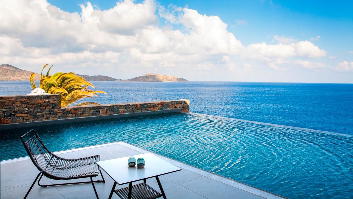 ... und eine exzellente Lage, meist direkt am Meer, wie hier im TUI SENSIMAR Elounda Village Resort & Spa