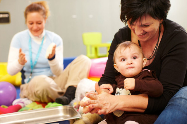 Im TUI best FAMILY farbenfrohe Babyprogramme erleben