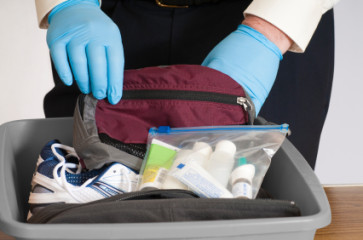 Was darf ins Handgepäck? Vorsicht bei Flüssigkeiten im Handgepäck