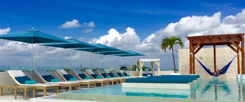 The Palm at Playa Rooftopbar