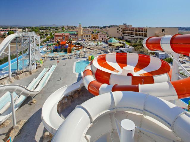 Die top 5 hotels mit aquapark wilde wassserrutschen for Top hotels griechenland