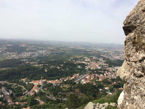 Ein atemberaubender Ausblick: Vom Castelo dos Mouros in Sintra
