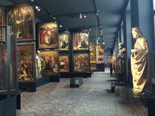 Das Nationalmuseum in Warschau mit historischer polnischer Malerei