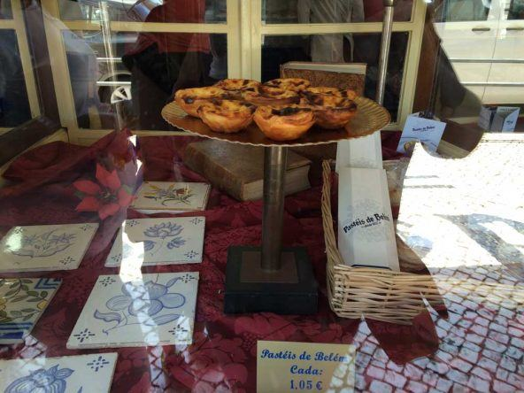 Zwischendurch eine kleine Stärkung: Die leckeren Puddingtörtchen - Pastéis de Belém