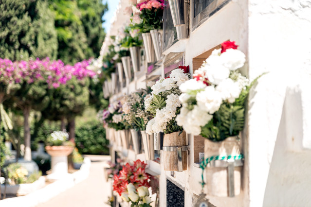 Blumen Santa Eulalia Friedhof