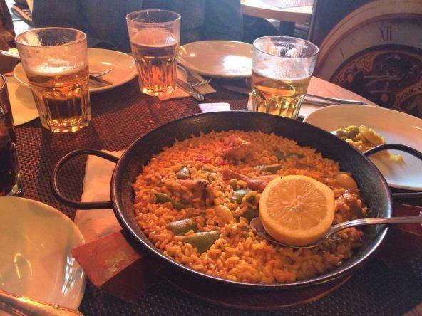 Leckere spanische Paella in Madrid