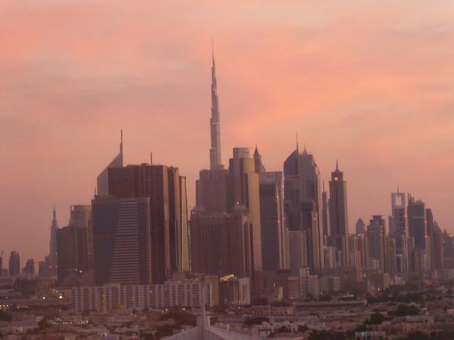 Dubai Skyline Abend