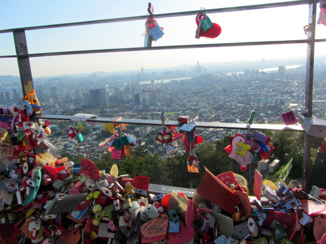 N Seoul Tower Liebesschlösser