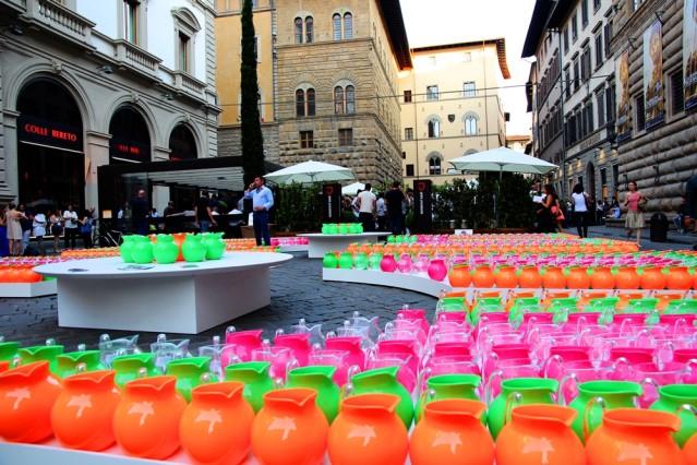 Kunstausstellung für jedermann in den Straßen von Florenz.