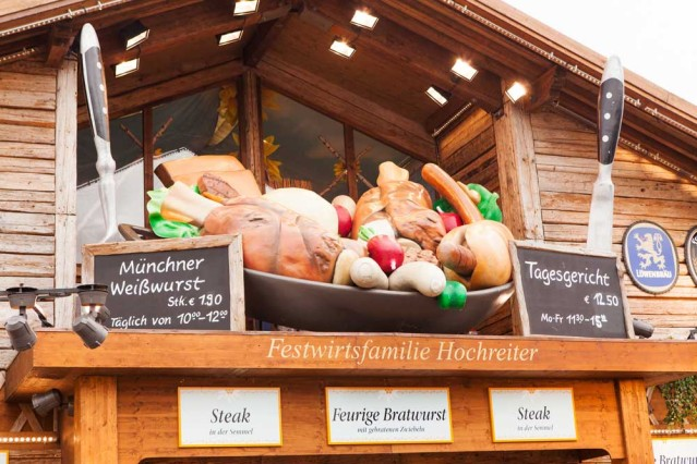 Enten - und Kalbsbraterei: Traditionelles Oktoberfest Essen