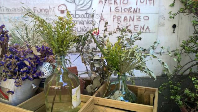 Blumen Rom Restaurant