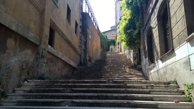 Rom Treppe