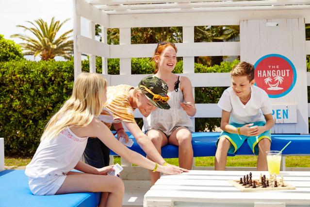 Urlaub mit Jugendlichen - Neue Freunde finden